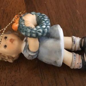 Hummel figurine little girl with wreath